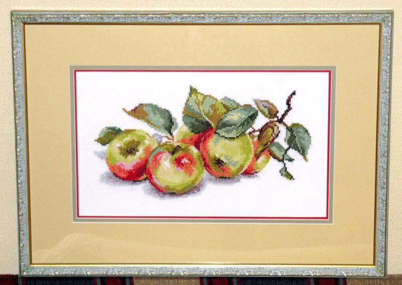 Вышивка яблоки от алисы